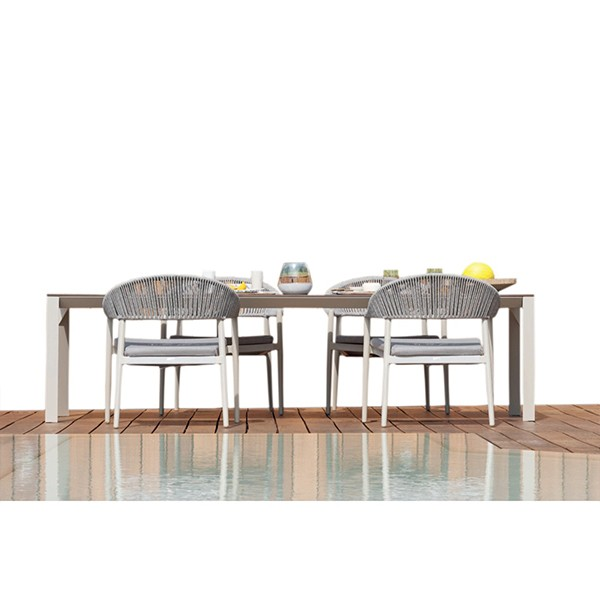 OUTDOOR DINING WITH CHAIRS